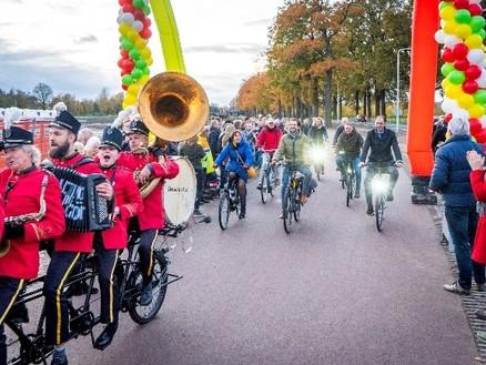 Fietsstraat tussen Utrecht en Bunnik muzikaal geopend
